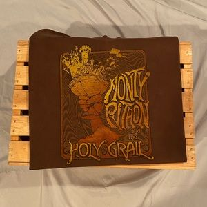 Monty Python and The Holy Grail Tee Shirt Large